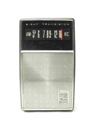 transitor: una peque�a radio transistor port�til AM vendimia