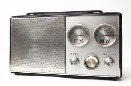 transistor: una gran plata radio portátil época en busca de fresco FM y MW marca