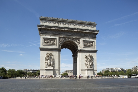 triumphe: the arc de triomphe in paris, france on a sunny day Editorial