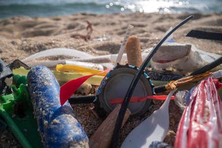 Plastic discarded on beach 스톡 콘텐츠