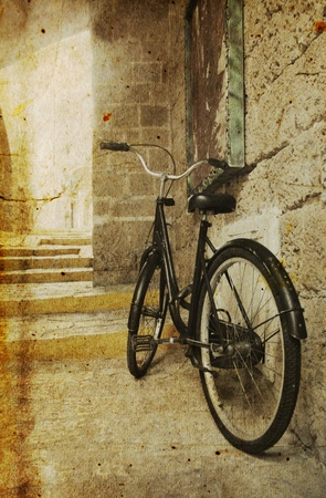 old bicycle Stock Photo - 12111197
