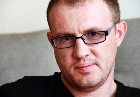 35: hombre guapo de 35 a�os con gafas Foto de archivo