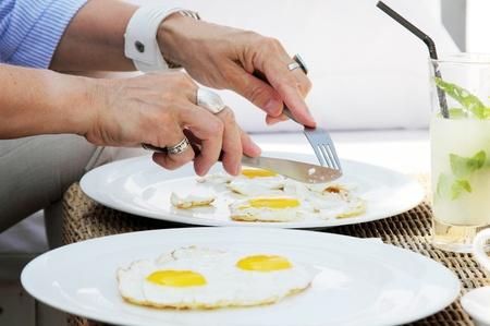 arma: breakfast in outdoor cafe