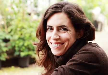 35: Retrato de la mujer hermosa de 35 a�os Foto de archivo