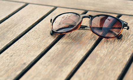 polarization: sunglasses