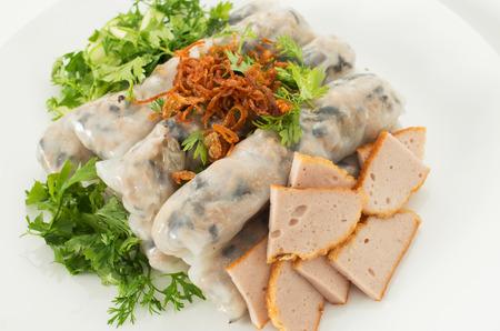 cuon: Banh cuon, Vietnamese steamed rice noodle rolls