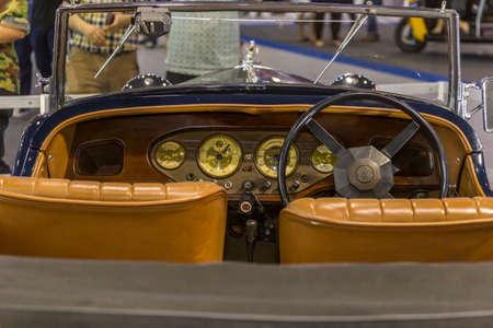 exposición: Vintage car club of Thailand at Thailand International Motor Expo 2016 Editorial