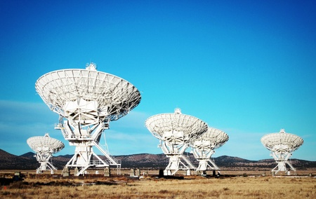 Very Large Array of Satellite Antennas in New Mexico Editöryel