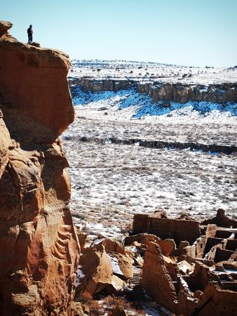 Man at Chaco Canyon Ancient Ruins             版權商用圖片
