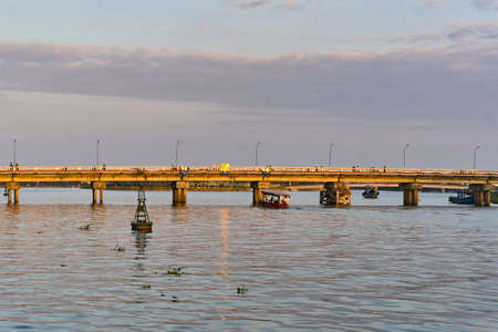 Thu bon river bridge sunset view in Hoi An, Viernam Stock fotó