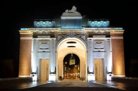 ypres: Illuminated menin gate in belgian city ypres