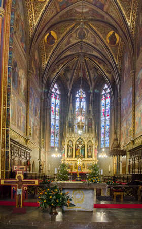 visegrad: PRAGUE, CZECH REPUBLIC, JANUARY 30, 2015: detail of interior of basilica of saint peter and paul situated i nside of the vysehrad castle complex.