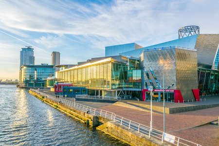 MANCHESTER, UNITED KINGDOM, APRIL 11, 2017: View of the Lowry theater in Manchester, England 報道画像