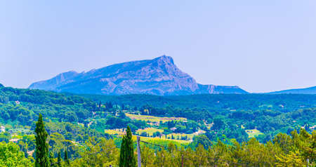Montagne Sainte Victoire in France Reklamní fotografie