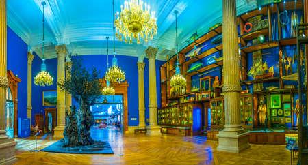 MONACO, MONACO, JUNE 14, 2017: View of interior of Musée océanographique de Monaco Standard-Bild - 108551478