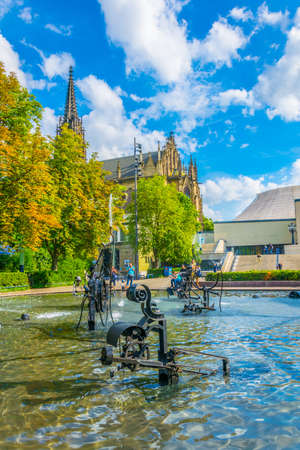 Tinguely fountain in the center of Basel, Switzerland Standard-Bild - 116875589