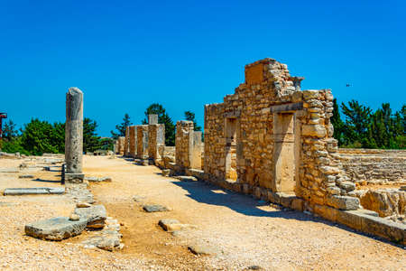 Ruins at compound of the temple of Apollo Hylates on Cyprus Stockfoto