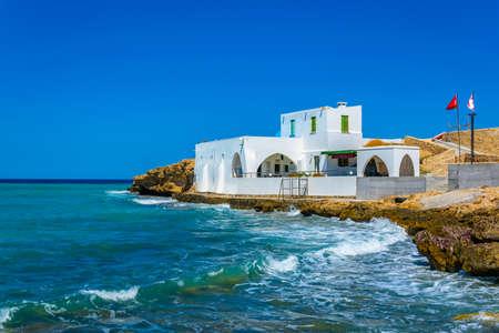 a new white mosque situated on shore near Kyrenia/Girne, Cyprus Archivio Fotografico - 115545934