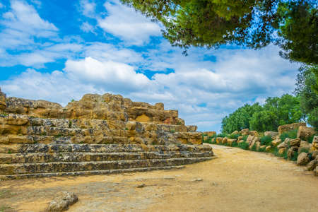 View of ruins of the temple of Zeus in the Valley of temples near Agrigento in Sicily, Italy Stok Fotoğraf
