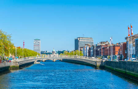 Riverside of Liffey in Dublin, Ireland Banque d'images