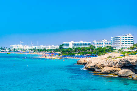 AGIA NAPA, CYPRUS, AUGUST 15, 2017: People are enjoying a sunny day at a beach at Agia Napa, Cyprus 에디토리얼