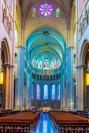 LYON, FRANCE, JULY 22, 2017: Interior ot the cathedral of Saint Jean Baptist in Lyon, France Editöryel