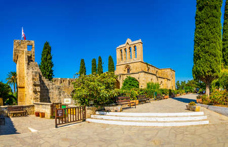 Bellapais abbey at Beylerbeyi village in Northern Cyprus 免版税图像