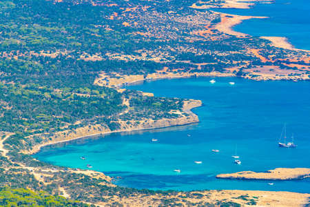 Aerial view of lagoon and other bays at Akamas peninsula on Cyprus 版權商用圖片 - 126066108