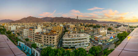 AQABA, JORDAN, DECEMBER 31, 2018: Sunset view of Aqaba, Jordan 新聞圖片