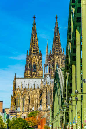 Cathedral in Cologne viewed from Hohenzollern bridge over Rhein, Germany Imagens