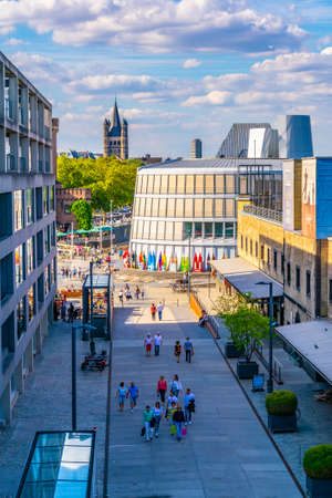 COLOGNE, GERMANY, AUGUST 11, 2018: Cityscape of Cologne viewed from a refurbished customes port, Germany Redactioneel