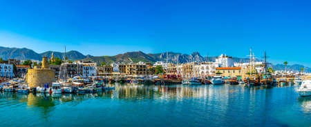 KYRENIA, CYPRUS, AUGUST 25, 2017: View of a port in KyreniaGirne during a sunny summer day, Cyprus Редакционное