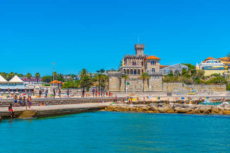 ESTORIL, PORTUGAL, MAY 31, 2019: People are strolling in front of the Estoril Castle in Portugal Фото со стока - 136574235