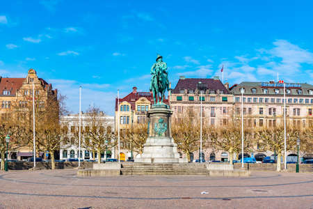 MALMO, SWEDEN, APRIL 24, 2019: Statue of king carl x gustaf in Malmo, Sweden Éditoriale