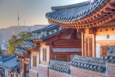 Namsan tower viewed from Bukchon hanok village in Seoul, Republic of Korea 스톡 콘텐츠 - 148422150