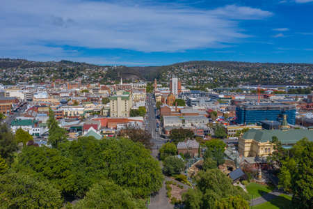 Aerial view of the city center of Launceston, Australia 版權商用圖片