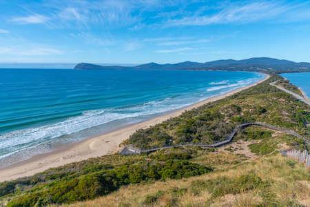 View of the Neck of Bruny island in Tasmania, Australia 免版税图像