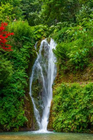 Waterfall at botanical garden of Balchik palace in Bulgaria 免版税图像