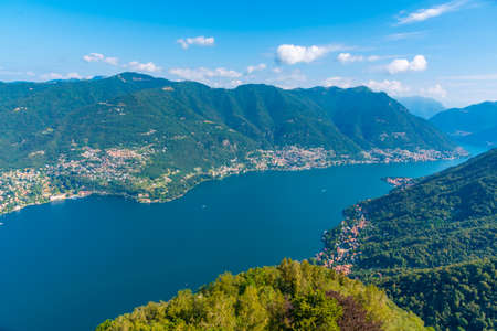 Aerial view of Lake como from Volta lighthouse in Italy Stockfoto