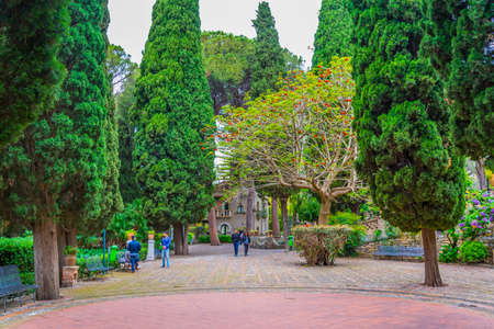 Park Giardini della villa comunale in Taormina, Sicily, Italy 新闻类图片