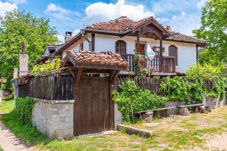 Traditional houses in Brashlyan village in Bulgaria Foto de archivo