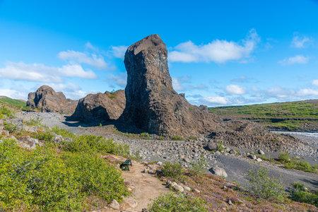Hexagonal basalt rocks at Hljodaklettar on Iceland Imagens