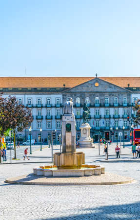PORTO, PORTUGAL, SEPTEMBER 5, 2016: View of a fountain of the girl on the avenida dos aliados in Porto, Portugal
