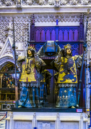 SEVILLA, SPAIN, JANUARY 7, 2016: view of tombstone of christoph columbus situated inside of the cathedral in sevilla. 新闻类图片