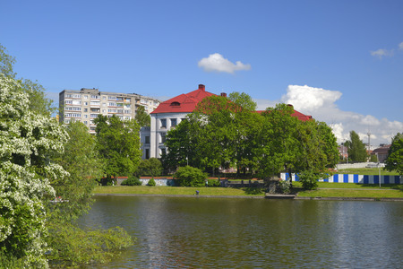 a war historian: KALININGRAD, RUSSIA - MAY 26, 2017: the Kaliningrad regional historical and art Museum, the former Stadthalle. View from the Bottom of the lake