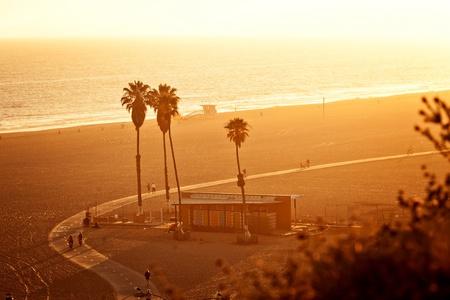 panorama beach: Tramonto a Santa Monica Beach Archivio Fotografico