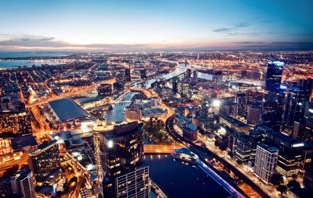 Een blik van Melbourne bij nacht, Victoria, Australië