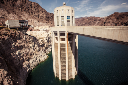 mead: Hoover Dam in the Black Canyon of the Colorado River, between the US states of Arizona and Nevada.