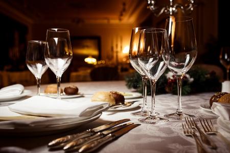 お祝いのテーブルの設定