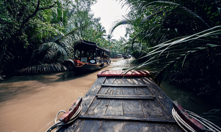 freshwater sailor: Rowing a boat in Vietnam